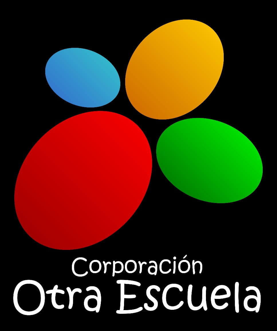 "A black background. At the top are four circles in blue, yellow, red and greeen. At the bottom the words ""otra escuela"""