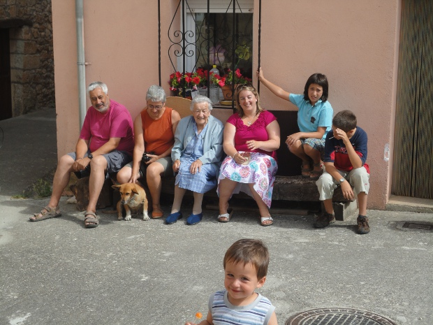 Outside the Tubilla residence with the family, August 2011