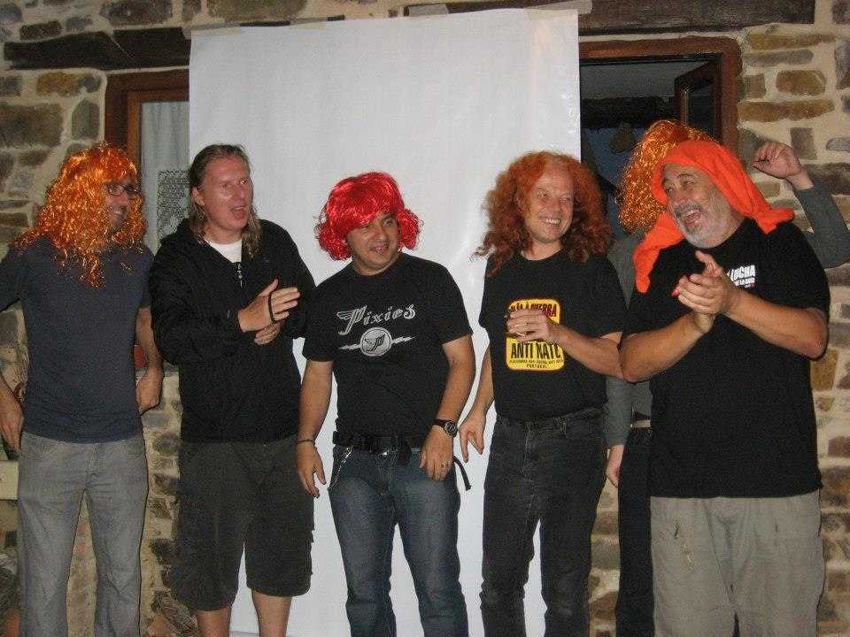 Born To Be Wild: Howard and WRI friends singing with their orange wigs, September 2012