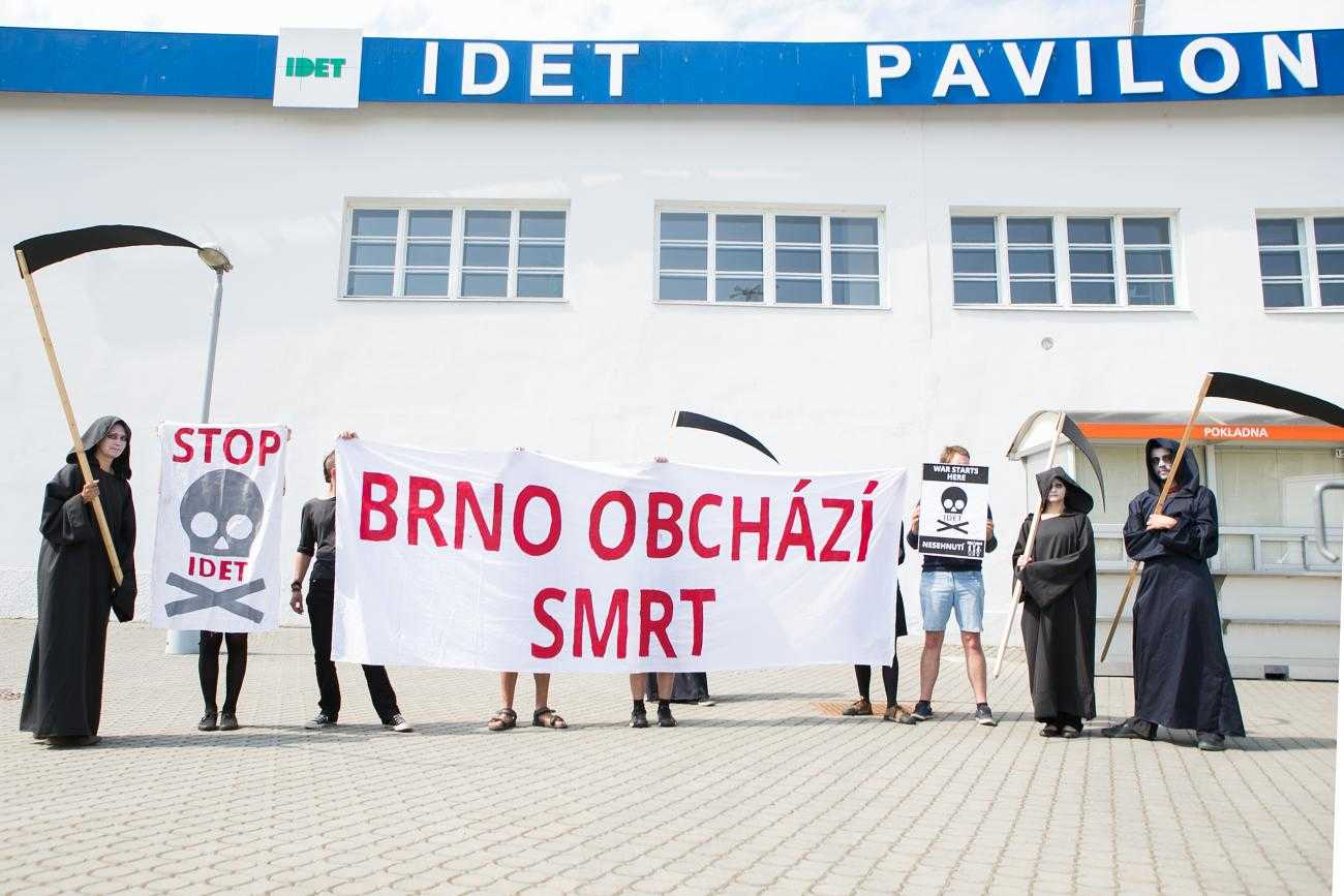 Protesters outside the IDET arms fair, Brno